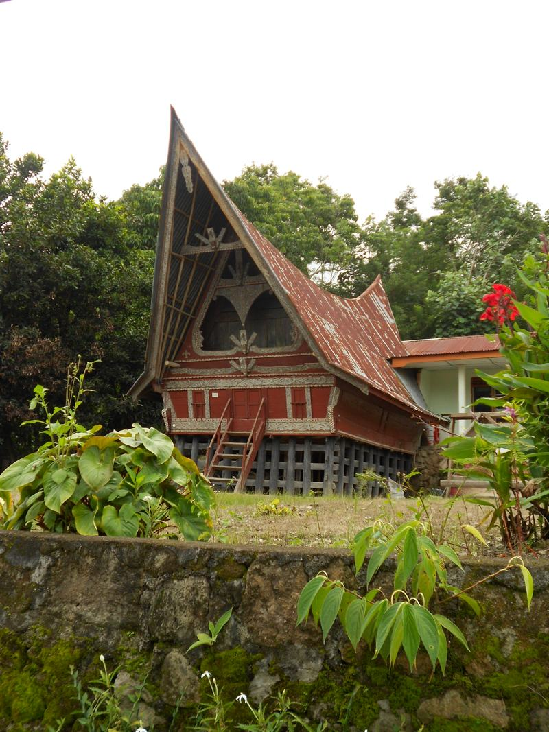 Batak house at the lake
